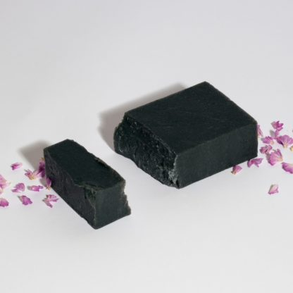Active charcoal facial soap Vera & the birds